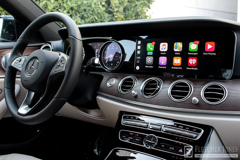 CarPlay Mercedes  A/B/C/E Series,CLA,CLS/GLC/GLE, V Glass   2015-2018